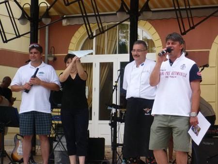Úszó alkalmatlanságok tréfás vetélkedője és ''Tó parti Bogrács party'' Sóstó Zrt. módra